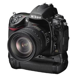 Nikon D700 & MB-D10